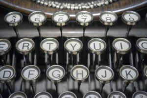 typewriter-1814675_1920